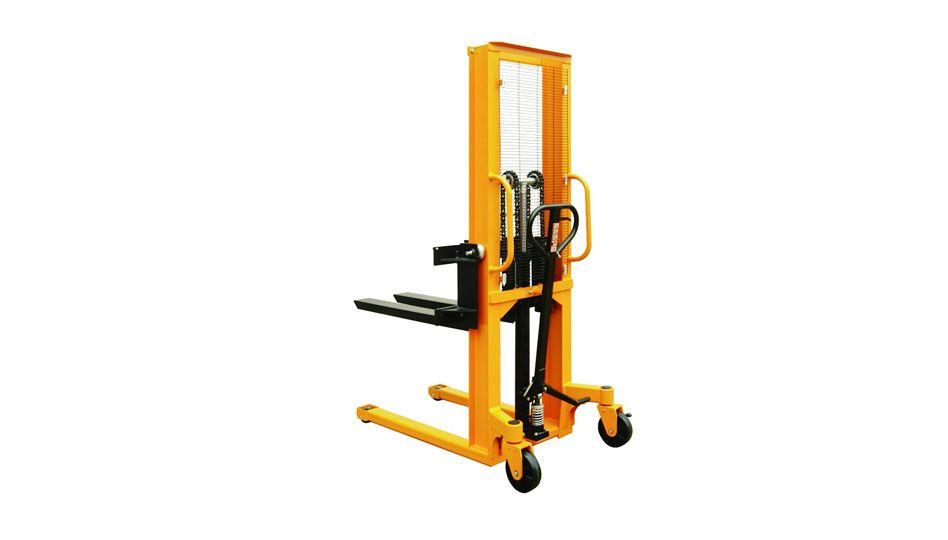 (002-001) Manual Stacker 2000kg 1600mm